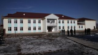 Kyrgyzstan's Parliament Speaker orders to step up construction of school in Talas district