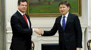 Sapar Isakov meets with managing director of Roland Berger Stefan Hyde